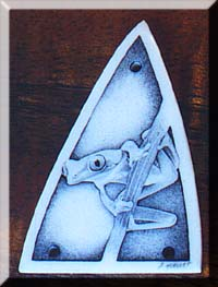 Bob Hergert Scrimshaw of a tree frog on a truss rod cover
